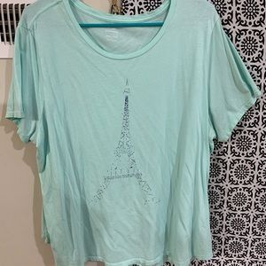 Old navy Effiel tower shirt